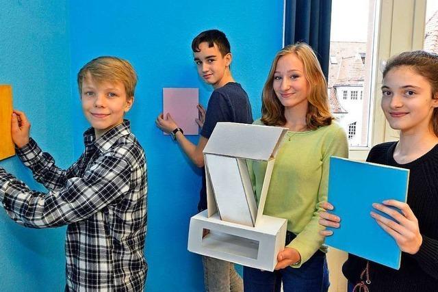 Diese Jugendlichen haben Freiburger Gebäude im Bauhaus-Stil nachgebaut