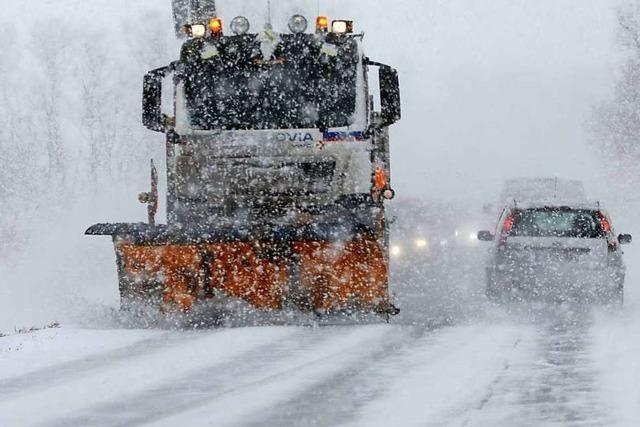 Starke Verkehrsstörungen durch Schnee und Wind im Landkreis Waldshut