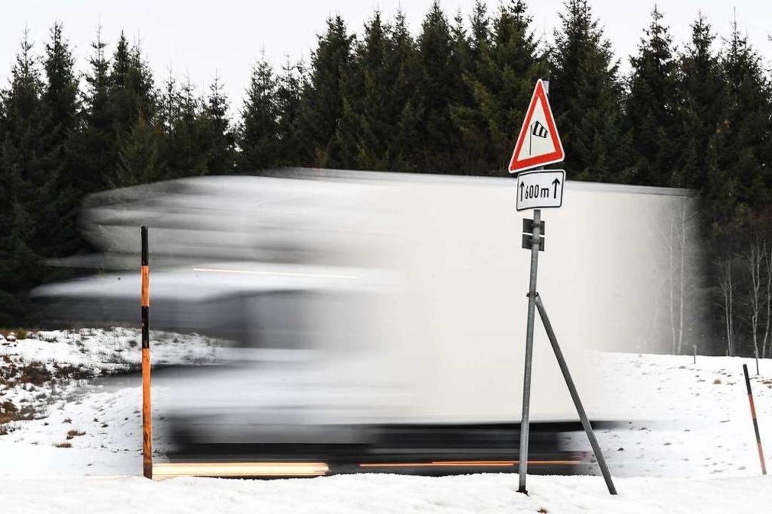 Nicht ohne Schneeketten  | Foto: dpa