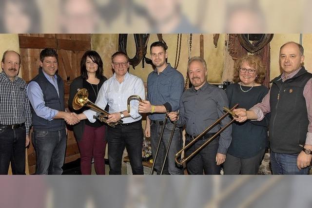 Der Förderverein finanziert das erste Instrument