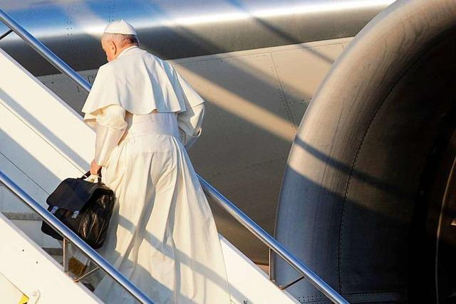 Zum ersten Mal betritt ein Papst die Arabische Halbinsel