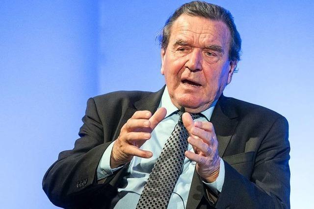 Altkanzler Schröder attestiert Andrea Nahles