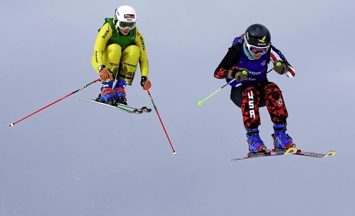 In Lauerstellung: Skicrosserin Daniela...damit den Sprung ins WM-Viertelfinale.  | Foto: afp