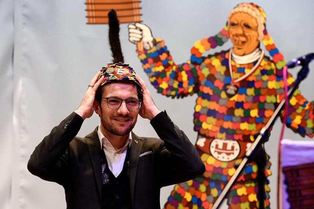 Passt! OB Martin Horn mit neuer Kopfbedeckung  | Foto: Thomas Kunz