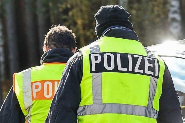 Auto in Schopfheim angefahren und sich aus dem Staub gemacht