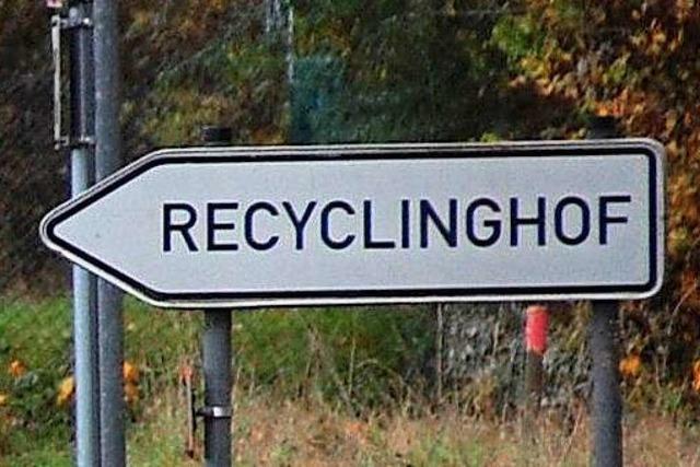 Handgreiflichkeiten auf dem Recyclinghof