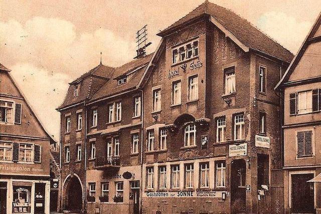 Historische Ansichtskarten zeigen das Hotel Sonne-Post