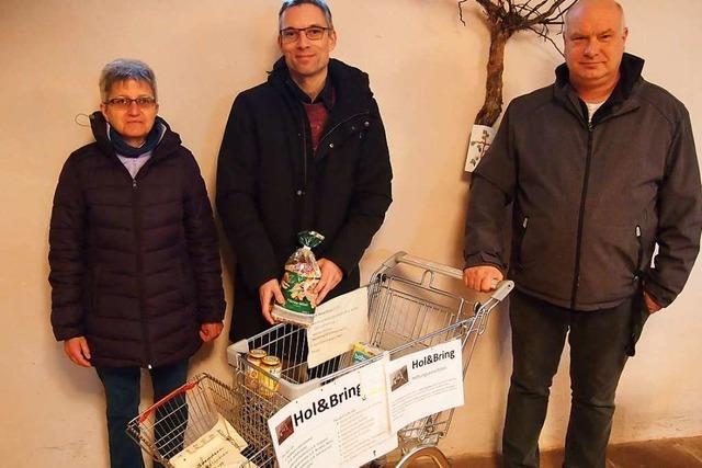 Einkaufswagen in Steinens Petruskirche wird zum Spendenkorb