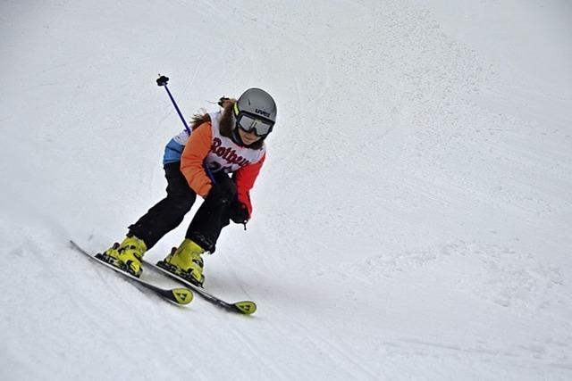 Junge Skiläufer messen sich in Menzenschwand