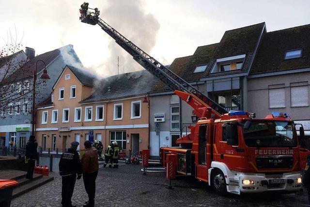 500.000 Euro Schaden bei Gebäudebrand am Lahrer Marktplatz