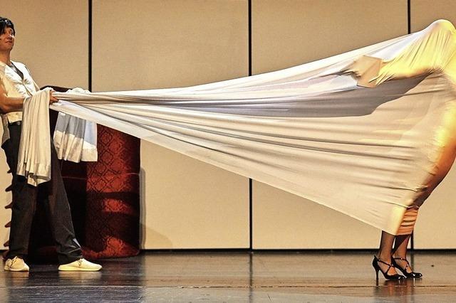 """Gustav Flauberts Skandalstück """"Madame Bovary"""" wird in der Stadthalle Waldshut aufgeführt"""