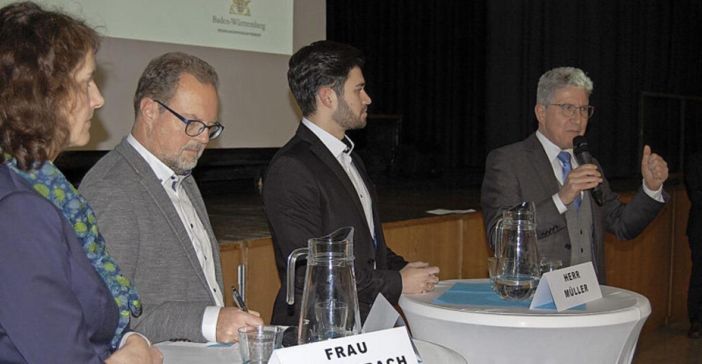 Oberbürgermeister Wolfgang G. Müller (...bach, Jürgen Kaiser und Dennis Müller   | Foto: Markus Adler/RP