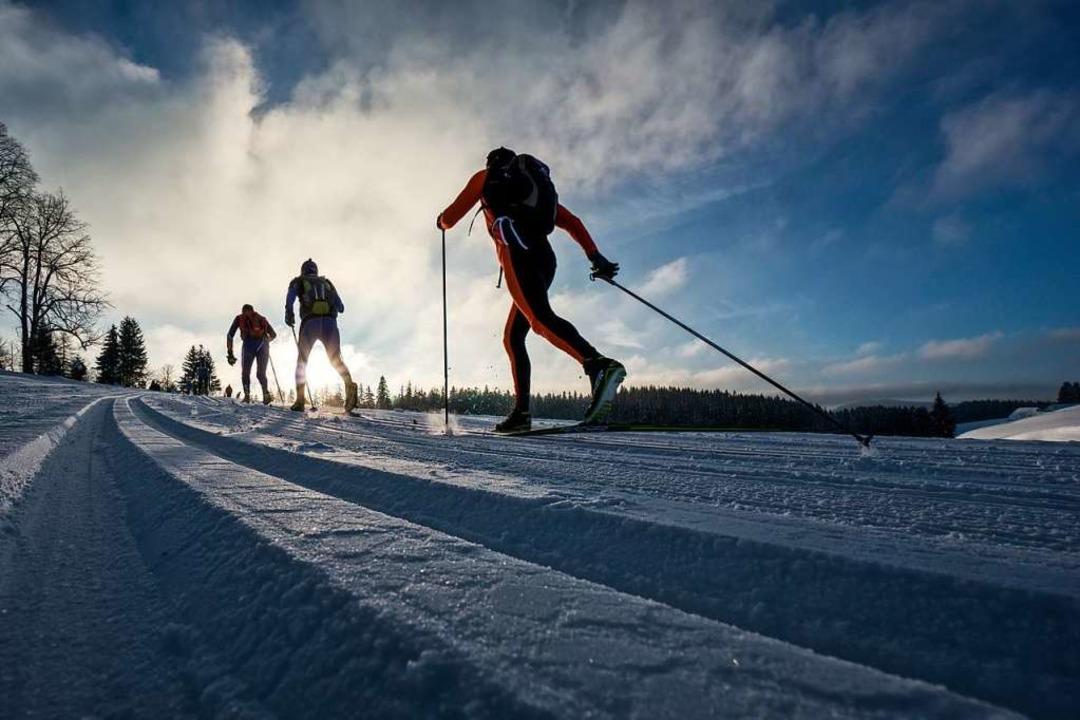 Der Rucksacklauf über 100 Kilometer vo...stmals auch für Skater angeboten wird.  | Foto: arge skiwanderwege