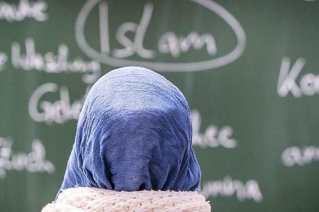 Ministerin Eisenmann wirbt um Mitarbeit von Ditib beim Islam-Unterricht