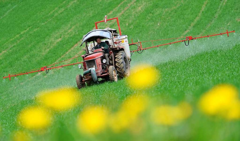 Symbolbild: Unbekannte haben in Gottenheim einen Traktor gestohlen.    Foto: dpa