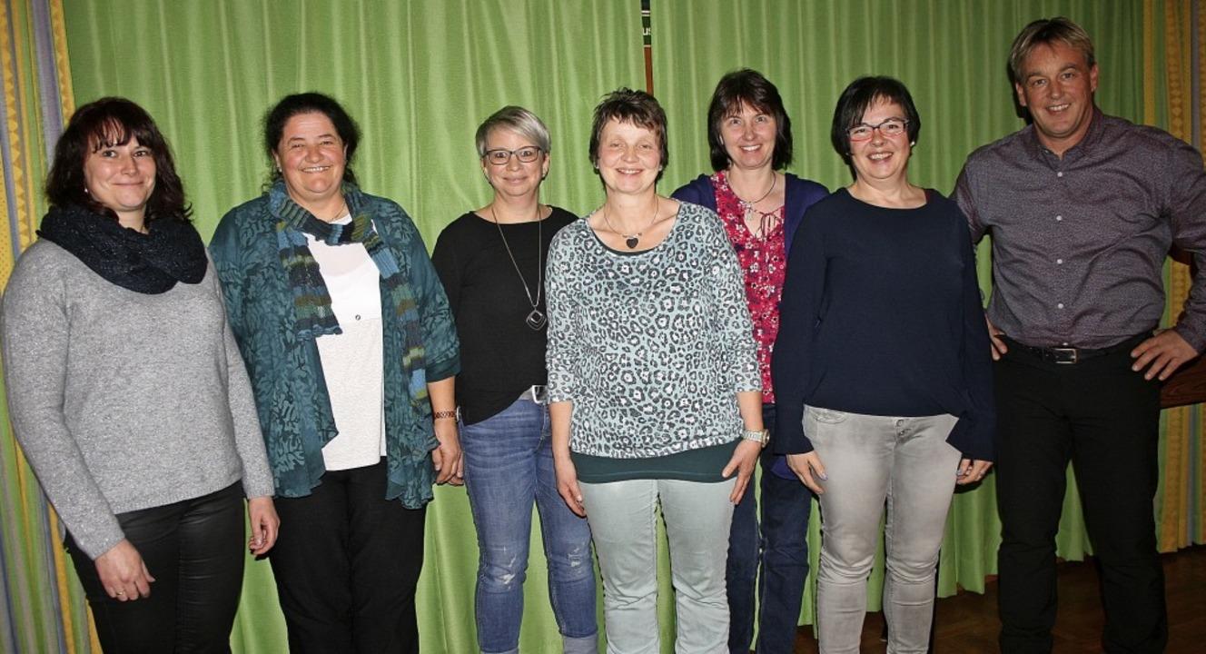 Das neue  Vorstandsteam des Landfrauen...ehlt Corinna Limberger (Beisitzerin).     Foto: Mann