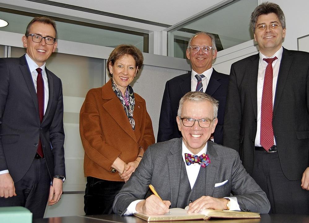 Der Schweizer Botschafter in Berlin, P... der Waldshuter Landrat Martin Kistler  | Foto: Landkreis Waldshut