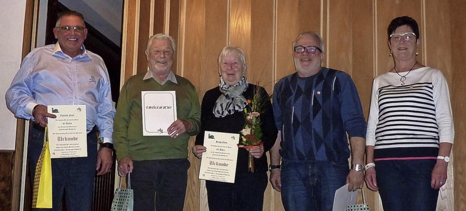 Die Geehrten bei der Hauptversammlung der Naturfreunde   | Foto: Verein