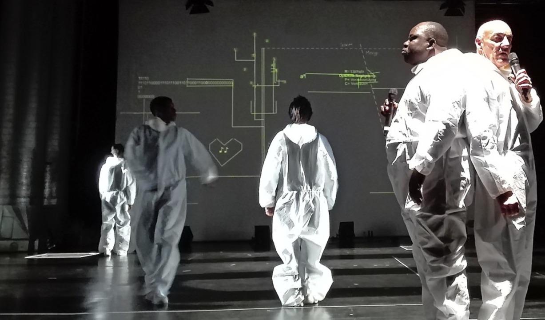 Theater – hier als Sciencefiction-Parodie?  | Foto: Cargo Theater