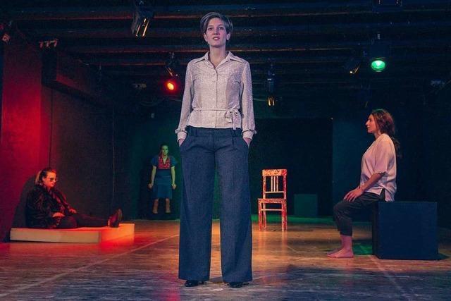 Erste Premiere mit Dea Lohers Stück über Olga Benario