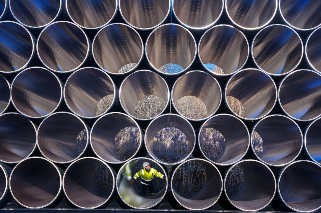 Der Bau der Erdgas-Pipeline Nord Strea...ann nun wohl wie geplant weitergehen.   | Foto: dpa