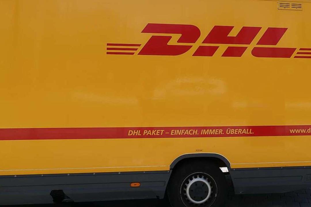 Gleich fünf Transporter desselben Pake...en bei einem Unfall beschädigt worden.    Foto: Victoria Langelott