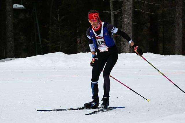 Linda Becker aus Kirchzarten gewinnt den Rucksacklauf im Skating