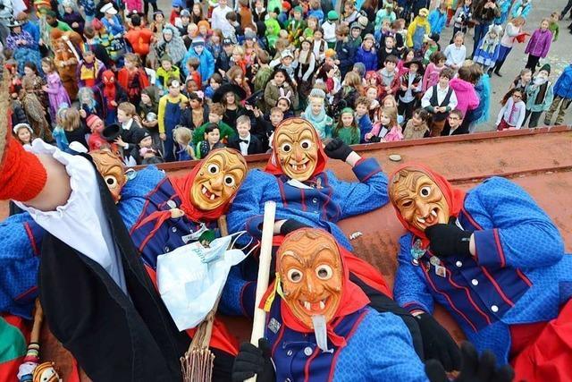 25 Gründe, warum man die Fasnet mit den Gundelfinger Dorfhexen feiern sollte