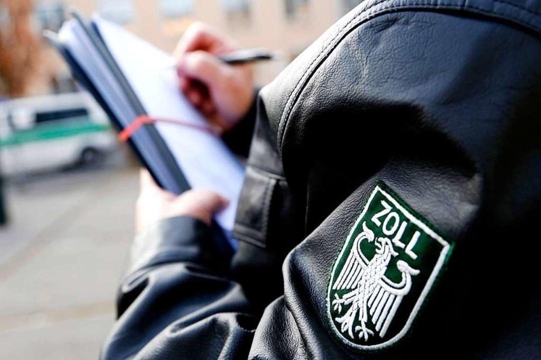 Auf der Suche nach Verstößen gegen Arb...ergetauchten abgelehnten Asylbewerber.  | Foto: IG Bauen-Agrar-Umwelt