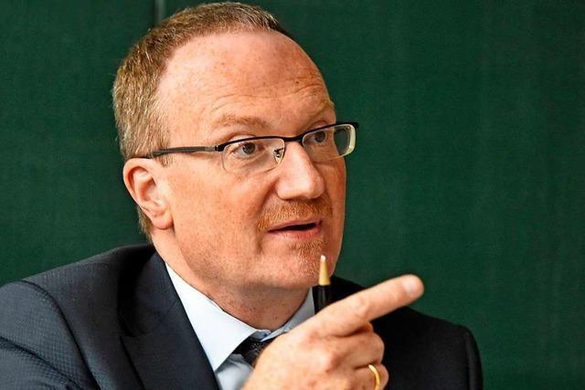 Lars Feld spricht in Emmendingen