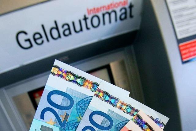Diebe wollen Geldautomaten aufsprengen – ohne Erfolg