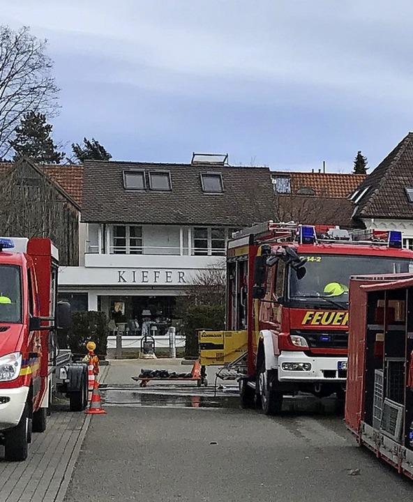 Zu einem  Wasseraustritt in einem Einkaufsmarkt wurde die Feuerwehr gerufen.     Foto: Feuerwehr heitersheim