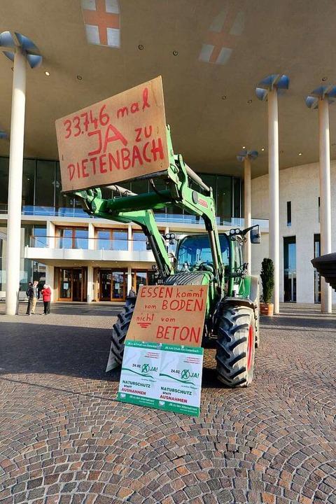 Die Dietenbach-Landwirte fürchten um i...rschwinden von Weide- und Ackerfläche.  | Foto: Ingo Schneider