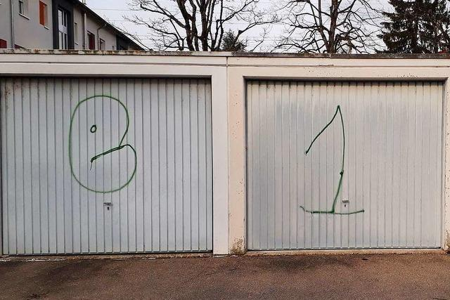 Polizei sucht jungen Graffitisprayer