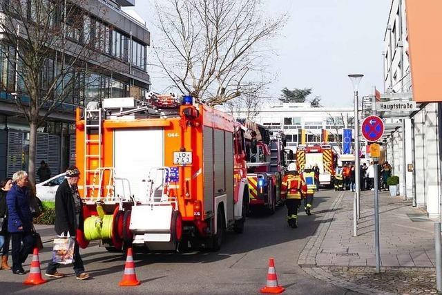 Akku schlägt Funken – Feuerwehreinsatz in einem Weiler Friseursalon