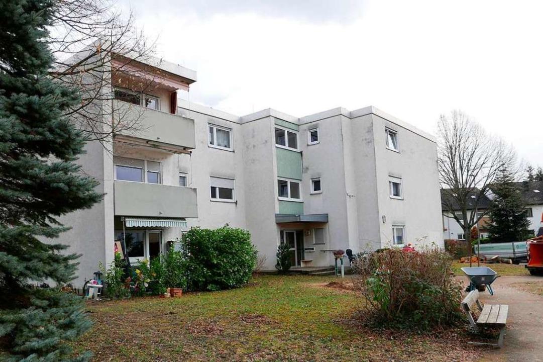 Soll aufgestockt und mit Vollwärmeschu...as Gebäude Ahornweg 2 in Bad Krozingen  | Foto: Hans-Peter Müller
