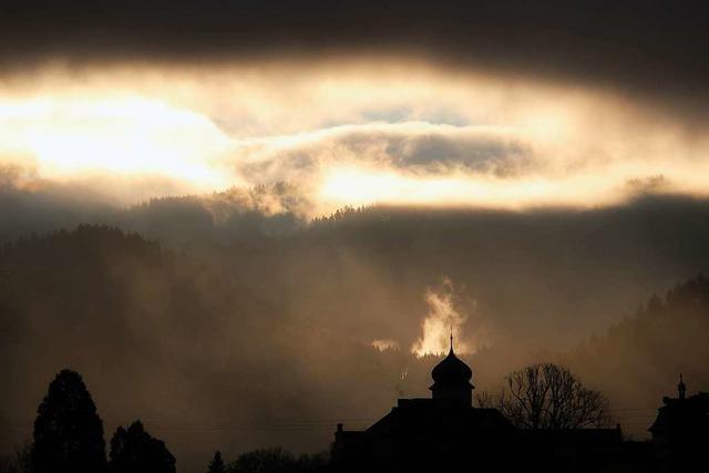 Dramatisches Licht in Heitersheim beim Malteserschloss