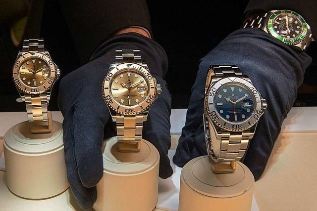 Gestohlene Uhren für mehrere Tausend Euro entdeckt – in einem Unfallfahrzeug