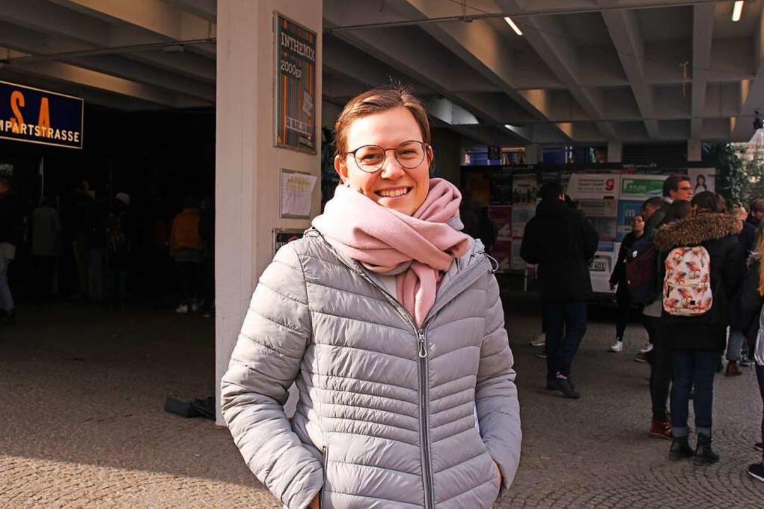 Lisa, 24, studiert Geschichte im Master und ist für Dietenbach  | Foto: Gina Kutkat
