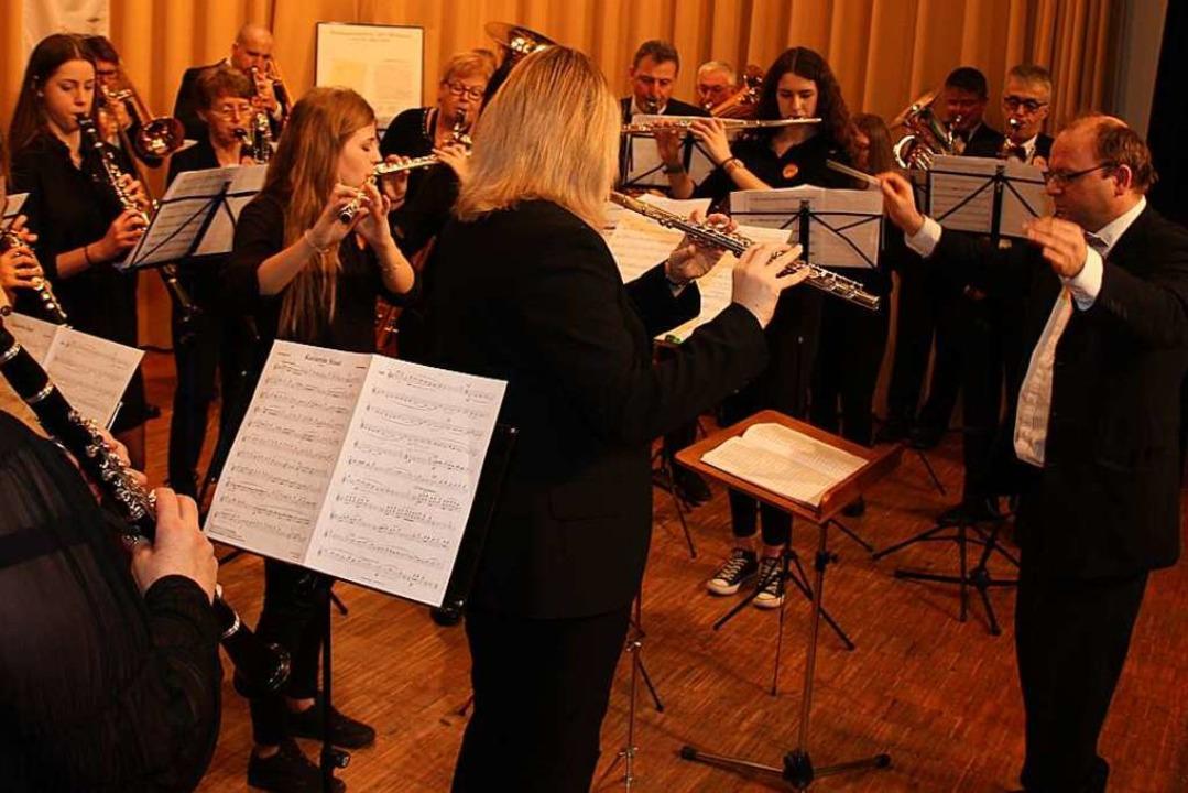 Der Musikverein Holzhausen feierte in der Kirchberghalle seinen 90. Geburtstag.    Foto: Mario Schöneberg