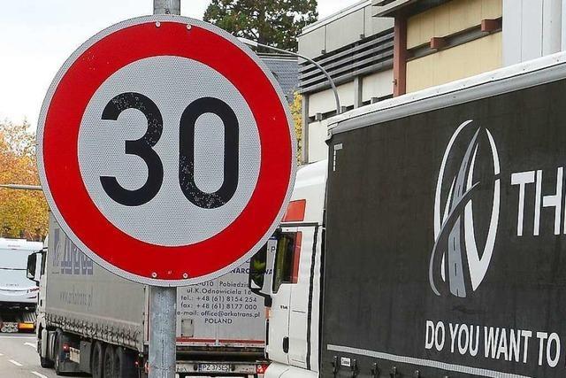 Unbekannte stehlen in Görwihl Verkehrszeichen