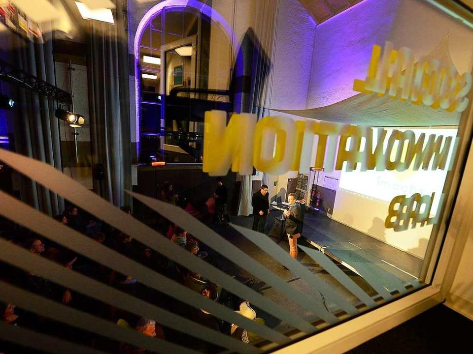 Organisiert hat den Abend das Social Innovation Lab des Grünhof Freiburg.  | Foto: Ingo Schneider
