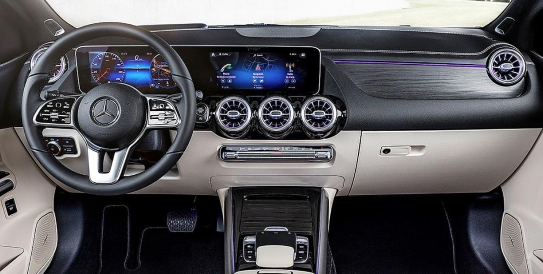 Glatte Flächen, sportliche Proportione...ercedes-Stil prägen die neue B-Klasse.  | Foto: Daimler
