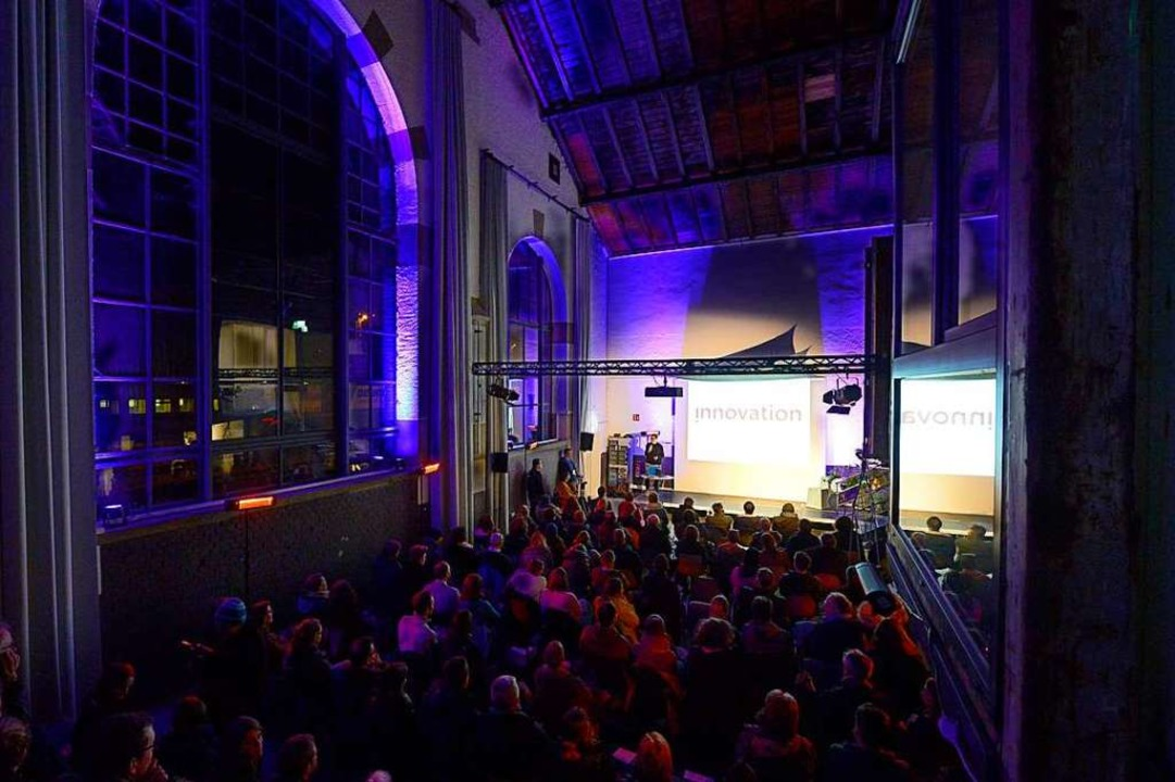 Die fünfte Social Innovation Night in der Lokhalle      Foto: Ingo Schneider