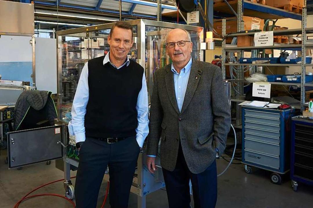Joachim (links)  und Ulrich Delhey  setzen auf gesundes  Wachstum.    Foto: Julia Becker