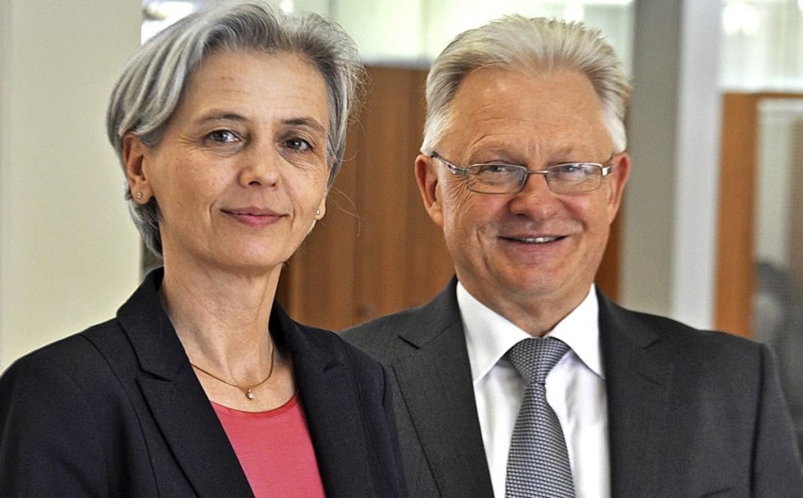 Ines Niederschuh und Bernhard Schlaget...urg weiter auf Wachstumskurs befindet.  | Foto: Nicolai Kapitz