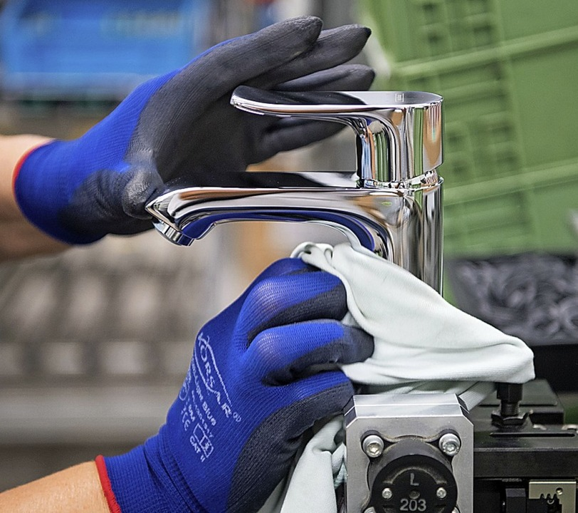 Mit Sanitärtechnik haben die Grohes ihr Vermögen verdient.  | Foto: dpa