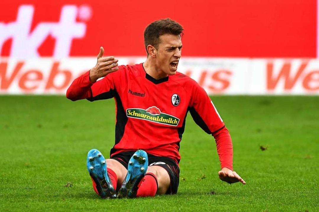 Janik Haberer litt dieser Tage unter e...sein Einsatz auf Schalke ist fraglich.  | Foto: Achim Keller