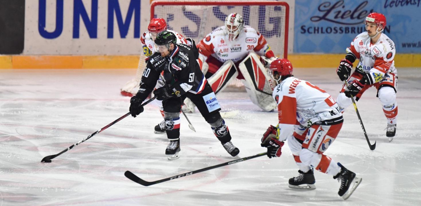 Antti Kauppila führt die Scheibe.  | Foto: Achim Keller
