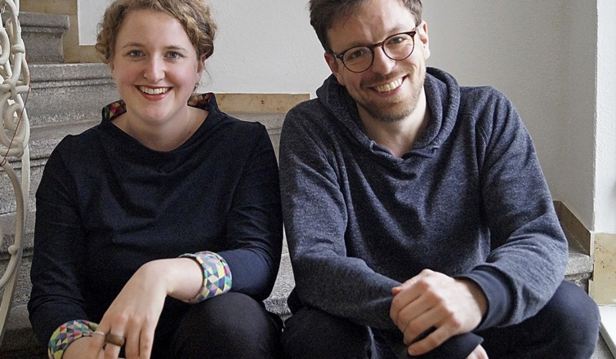 Anna Fritsch und Sascha Flocken wollen...digungen in anderen Kulturen erzählen.    Foto: Fotos: PR/Theater im Marienbad